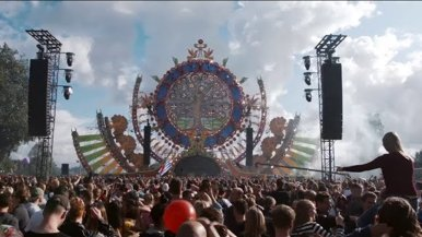 Visiting Mysteryland during your internship