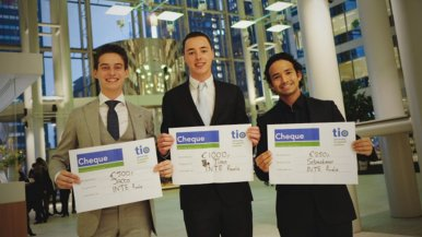Business-student Timo Holtkamp wint finale International Trading